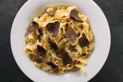 29312_black_truffle_pasta